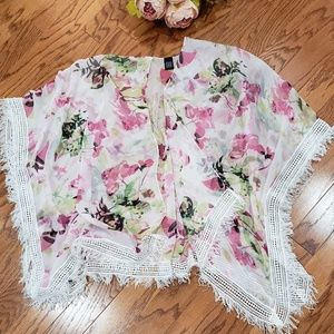 Boutique Kimono Pink Floral Overpiece One Size